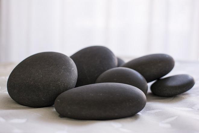 温石薬石整体 楽りん