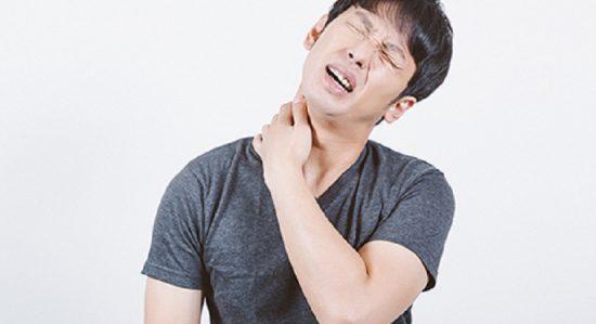 頭痛肩こりイメージ