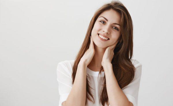 首のリンパマッサージで首こり・肩こりを改善!効果的な方法を解説