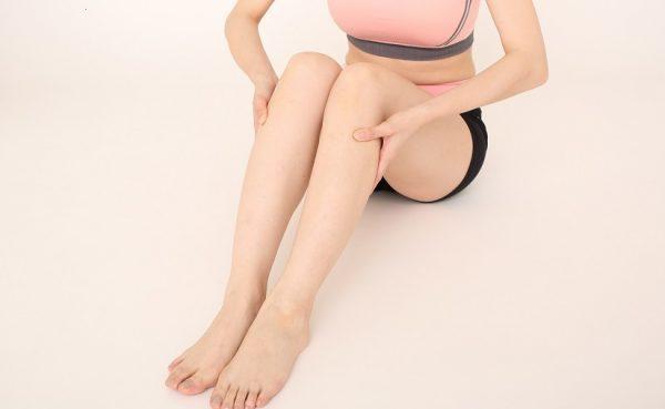 脚の側面の痛みは足つぼマッサージで解決!原因、効果、注意点を解説